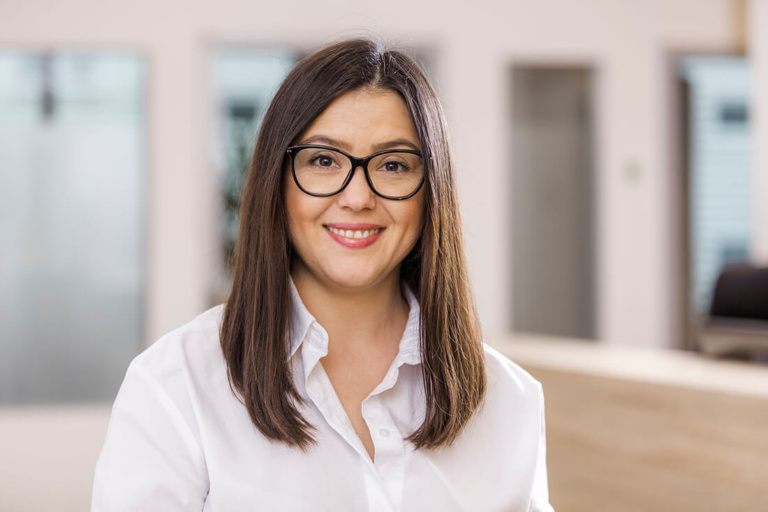 Hausarzt Köln Innenstadt - Dr. Lucia Bachner - Team - Catalina Micloiu